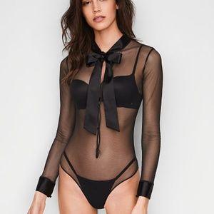 NWT Victoria's Secret Very Sexy Bow & Button Teddy